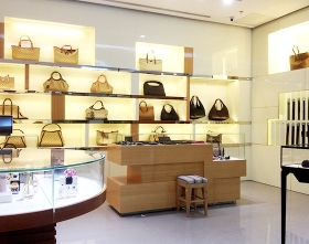 上海展柜品牌饰品店